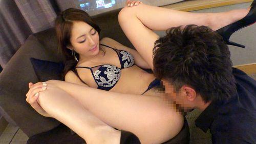 武井梓 25歳 営業関係 06