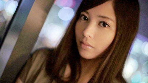 秋葉莉緒 28歳 法律事務所 02