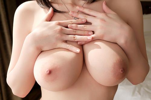 吉川あいみ 色白天然Hカップ美女のパイズリSEXがメチャシコな件 #エロ画像