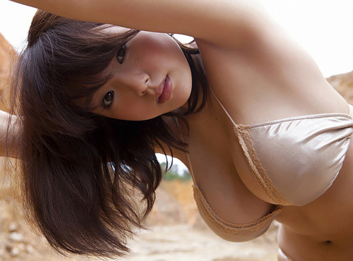 篠崎愛 圧倒的な可愛さの爆乳グラドル 画像200枚