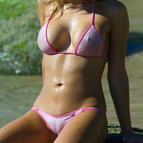 【画像あり】パイ●ンデフォの外国人まんさんがSNSで水着アピールした結果wwwwwwwwwwwwww...