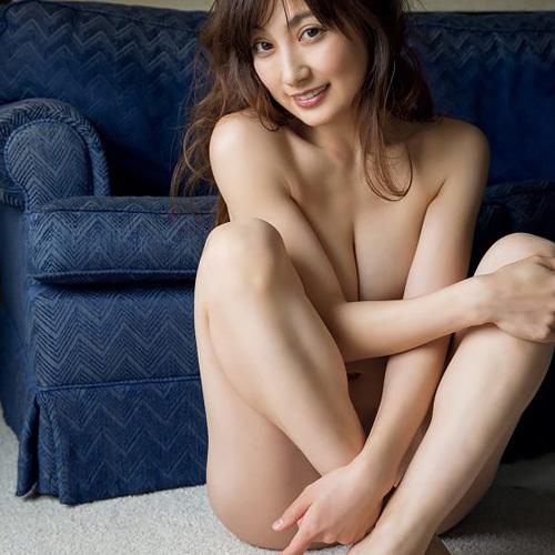 熊田曜子(34)セミヌード写真集でオナネタ大放出ww【エ□画像】