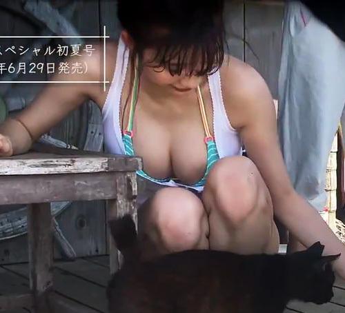 小倉優香(18)話題の新人グラドルのお●ぱいポロリがクッソ抜けるww【エ□画像】