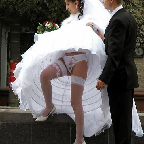 ウエディングドレスのパ●チラ画像40枚