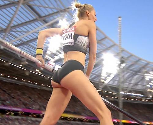 【筋肉エ□ス】世界陸上ロンドン大会、棒高跳びが世界お尻品評会状態と話題にww 言い得て妙でワロタw...