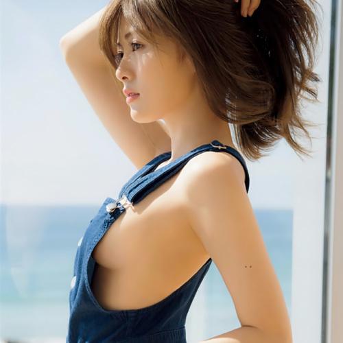 乃木坂46-白石麻衣の横乳お乳写真よりおっきいサイズの色っぽい写真wwwwww