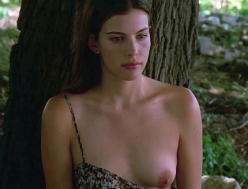 人気女優だった、リブ・タイラーの『魅せられて』で見せた、若い頃のヌードシーンのHD画質の画像www