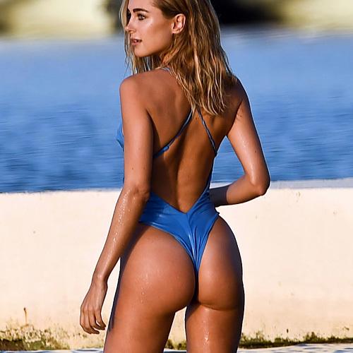 英国の人気美人タレント、キンバリー・ガーナーのTバックのお尻がエロいwww