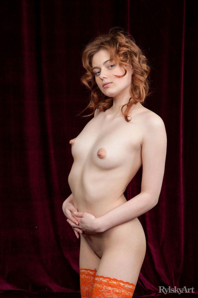 Amy - BORDEAU 01