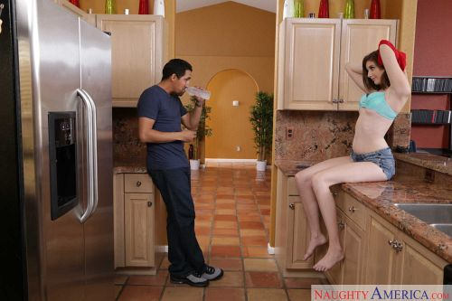 Blaire Ivory - MY SISTER'S HOT FRIEND 02