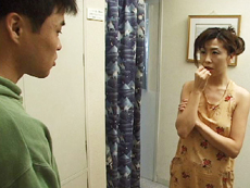【無修正】鶴田真衣 亭主への憂さ晴らしでクリーニング屋の若者とセックス