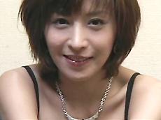 【無修正】岡崎美女の3P初本番!