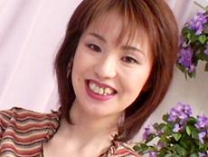 【無修正】快楽主義の垂れ乳母乳妻 葉山杏子