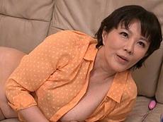 熟女ストレート :義母の自慰をこっそり見てたらバレて叱られると思いきや…「可愛がってあげるわ」 円城ひとみ
