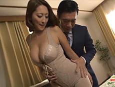 熟女ストレート :高級の矯正下着を愛用する美し過ぎる極上ボディの巨乳人妻! 吹石れな