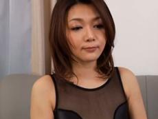 熟女動画だよ :【無修正】エロい姿で他人棒を挑発する未亡人に生挿入
