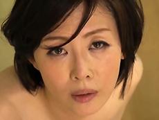 ダイスキ!人妻熟女動画 :真っ昼間から濃厚なセックスをしてる夫婦、それを覗いてる童貞息子w 竹内梨恵
