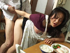裏・桃太郎の弟子 :【無修正】生贄になった母 中編 吉川美奈子