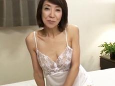 ダイスキ!人妻熟女動画 :どこにでもいそうでこれまたイイ感じに熟れた五十路妻が初撮りAV出演!
