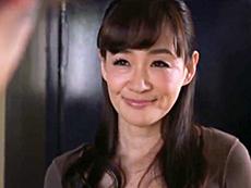 ダイスキ!人妻熟女動画 :隣の若者のデカチンにメロメロで隙さえあればエッチしちゃう四十路妻 笹川蓉子