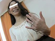 あだるとあだると :【無】Hがご無沙汰過ぎて満面の笑顔で中出しハメ撮りにやって来たアラフィフ妻♪森崎弓子