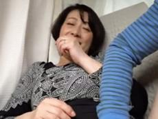 ダイスキ!人妻熟女動画 :【熟女ナンパ】街で引っ掛けた恥じらいおばさんたちをハメ撮る!