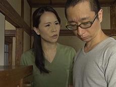 熟女ストレート :母と息子の禁断!オナニーに明け暮れる四十路の熟母に欲情する息子。 井上綾子