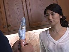 熟女ストレート :美しい四十路熟女の友母に欲情する息子の友人! 古川祥子