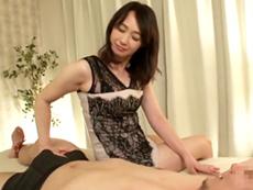 ダイスキ!人妻熟女動画 :「中に出しなさい!」痴女っぷり全開!男に淫語で中出しをねだる五十路熟女 安野由美