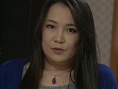 熟女ストレート :刑務所から出たばかりの精子が溜まっている息子の前で裸になる四十路おふくろ! 京野美麗