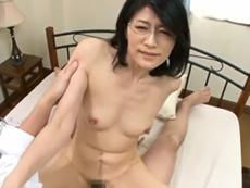 キレイな人妻熟女動画 :四十路おばさんの家庭教師が淫語で迫ってきたので思わず中出ししたったw 古川祥子