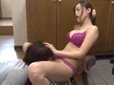 人妻会館 :【桐嶋りの】 母さんと二人きりよ!童貞を卒業させてあげる!