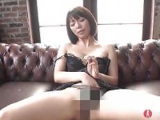 裏蕩劇場 :【無修正】肉棒扱き上手な淫乱熟女!
