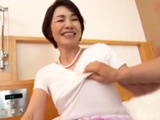ダイスキ!人妻熟女動画 :年の離れた熟女のみを厳選ナンパ!うまく言いくるめてセックスしたったw