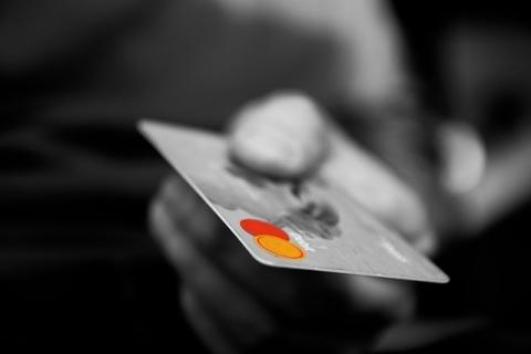 クレジットカード_1481106306