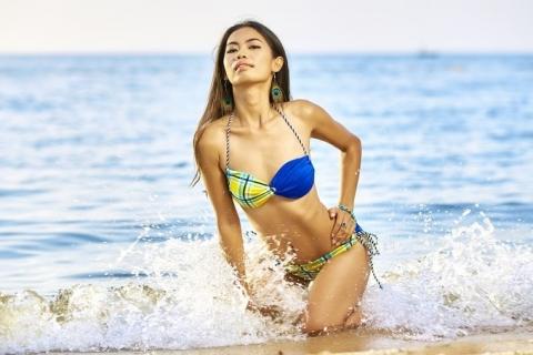 beach-1230517_1280.jpg