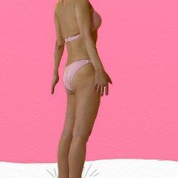 ピンクのビキニで斜め横を向いている