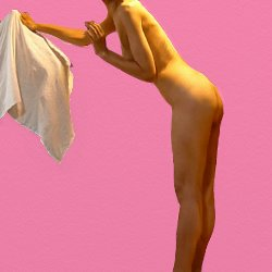 全裸で横を向いてタオルを取ろうとしている