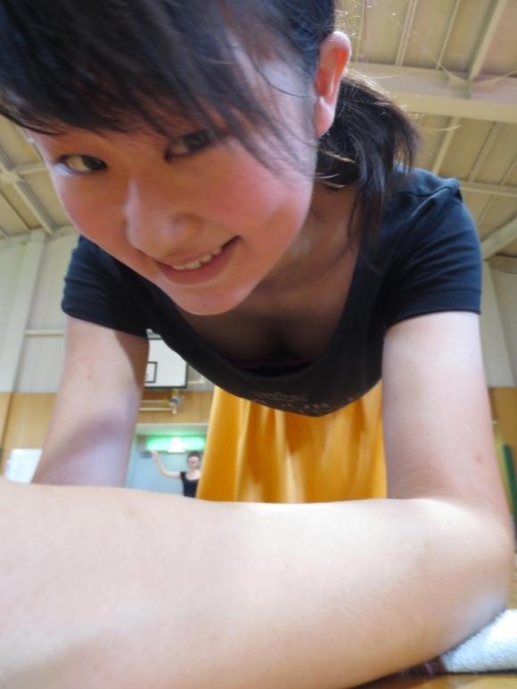 大学のサークル活動で撮った写メをエロ目線で見てみるwwwwwww【画像30枚】01_201709270101561d1.jpg