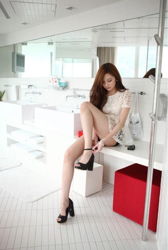 モデル級の美脚を持つ美女のスタイルに驚愕wwwwwww【画像30枚】