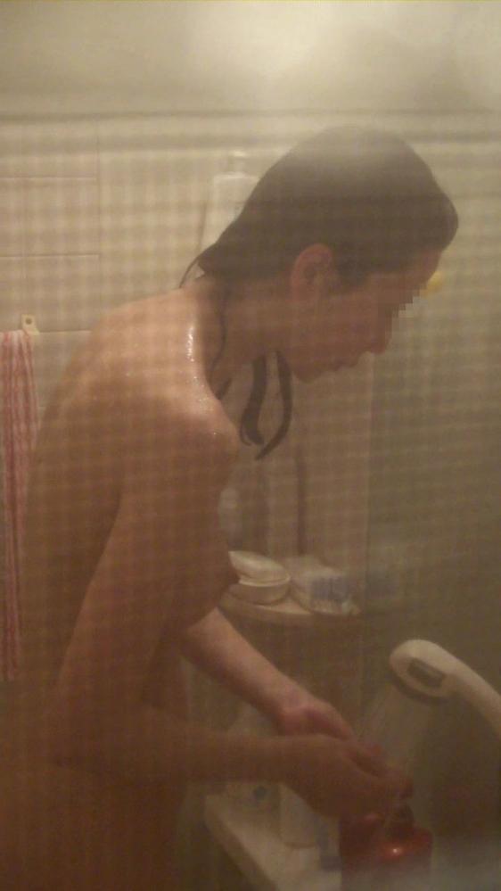 【民家盗撮】ガチ素人のお風呂を覗き見するとかヤバいだろwwwwwww【画像30枚】