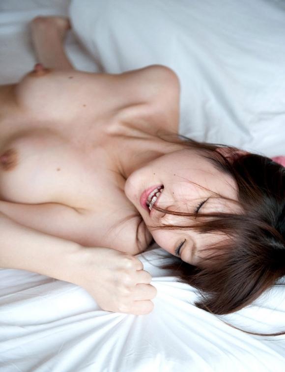 【アヘ顔】セックス中の女の子のイキそうになってる顔がくっそエロいwwwwwww【画像30枚】