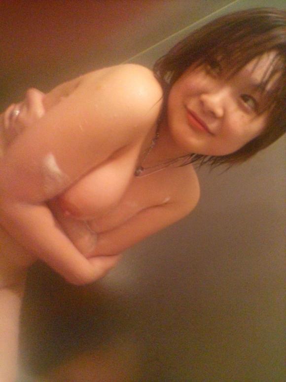 【流出画像】彼氏のせいで裸画像が流出しちゃった可哀相な女の子たちwwwwwww【画像30枚】01_2018091716451467a.jpg
