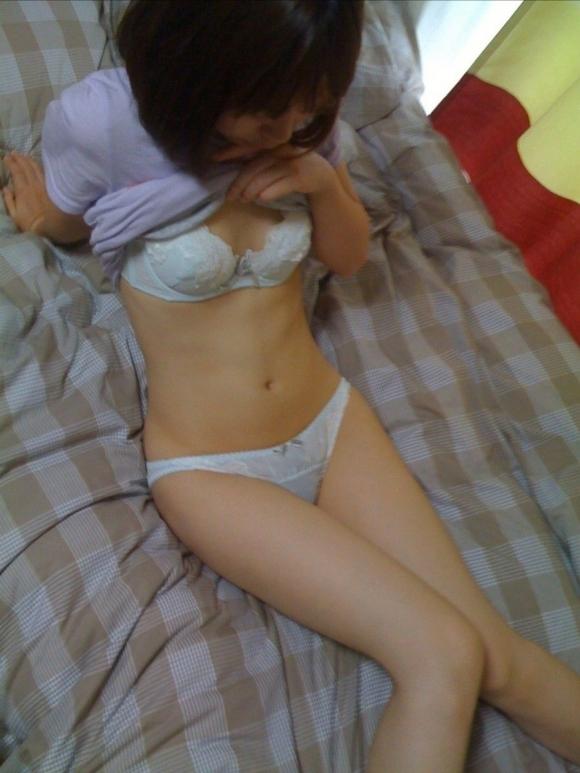【流出画像】彼女の下着姿をネットに晒しちゃうヤツってヤヴァイだろwwwwwww【画像30枚】02_20180120014102b59.jpg
