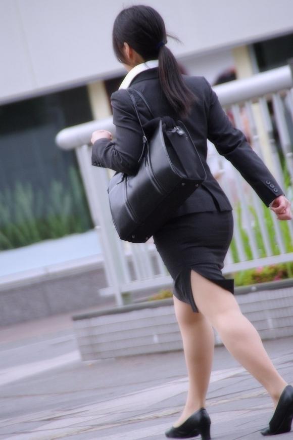 外で見られるエロい着衣プリケツ画像貼ってくwwwwwww【画像30枚】03_201801222341505ec.jpg