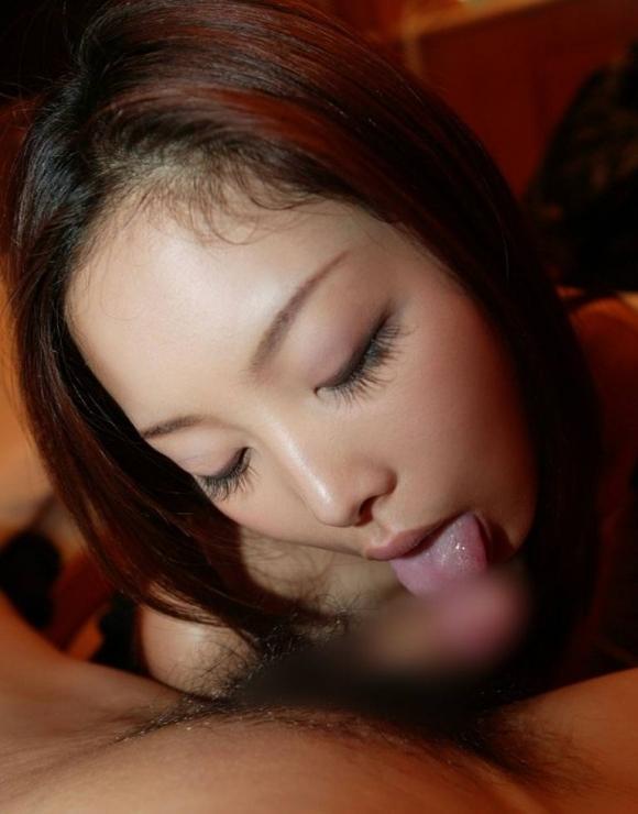 【フェラチオ】舌でペロっとイヤらしく舐める女の子がエロいwwwwwww【画像30枚】03_20180613004644913.jpg