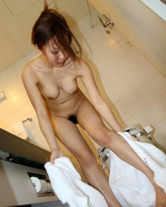 これぞ風呂上がりの彼女のおっぱいwwwwwww【画像30枚】03_20180707014848853.jpg