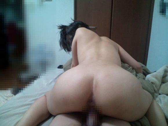【流出画像】彼女の腰振りを撮った素人の騎乗位セックスが生々しくてエロいwwwwwww【画像30枚】04_20180705010118260.jpg