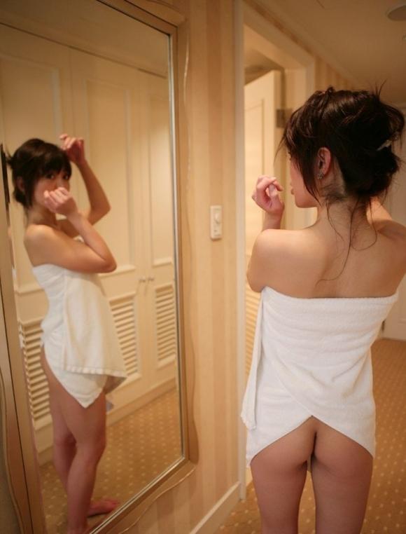 風呂上がり+バスタオル→→→女の子がエロく見える法則ってことで間違いないwwwwwww【画像30枚】05_20180129041052da4.jpg