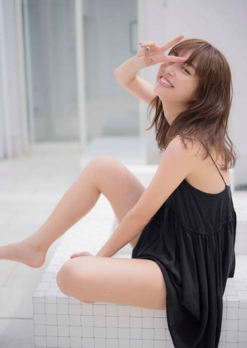 これが内田理央ちゃんのセクシーグラビア特集の最高峰!!!【画像50枚】06_2017102800523664d.jpg